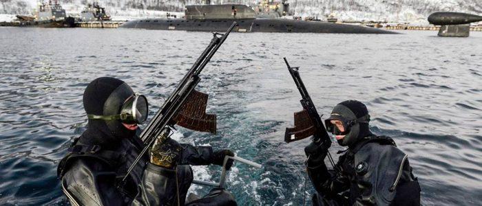 Тренировка отряда по борьбе с подводными диверсионными силами и средствами
