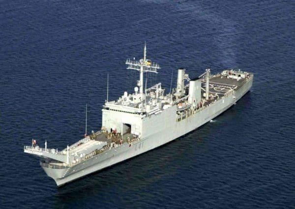 Танко-десантный корабль ВМС США «Каунти»