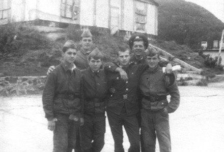 Солдаты и офицеры Северовоенморстроя
