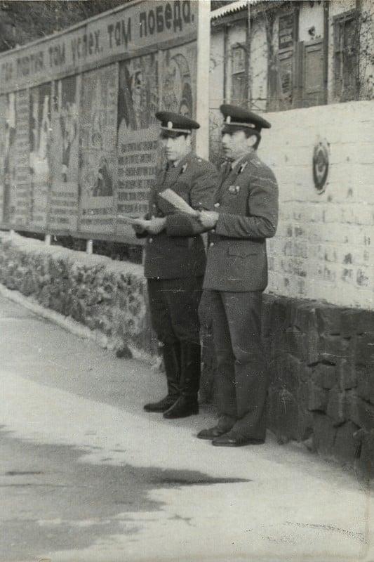 Командир части Валентин Иванович Трушин и замполит Евгений Мартынович Новицкий