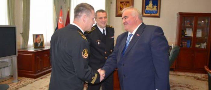 Встреча командира «Костромы» с губернатором Костромской области