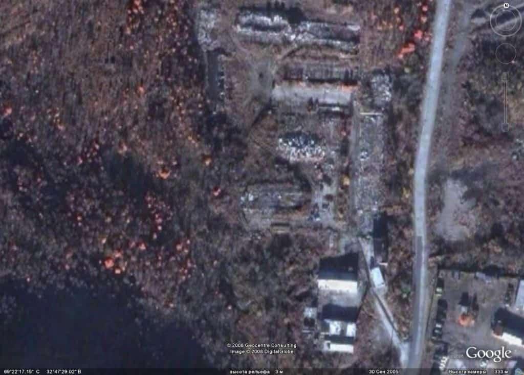 Ара-Губа на спутниковых снимках, сентябрь 2005 года, до 1990 года тут располагалась в/ч 12625 (ранее в/ч 11767)