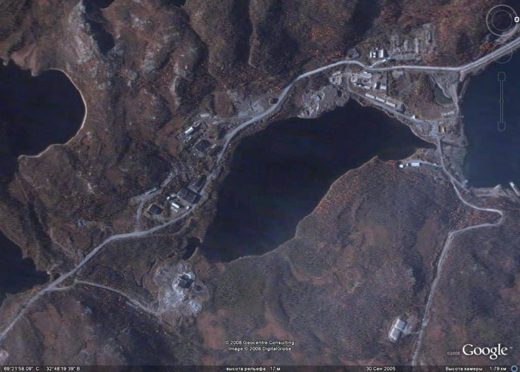 Ара-Губа на спутниковых снимках, сентябрь 2005 года, в правом верхнем углу до 1990 года располагалась в/ч 12625 (ранее в/ч 11767)