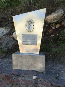 Капитан 2 ранга Тудаков Валерий Леонидович, погиб при исполнении воинского долга 9 апреля 1994 года