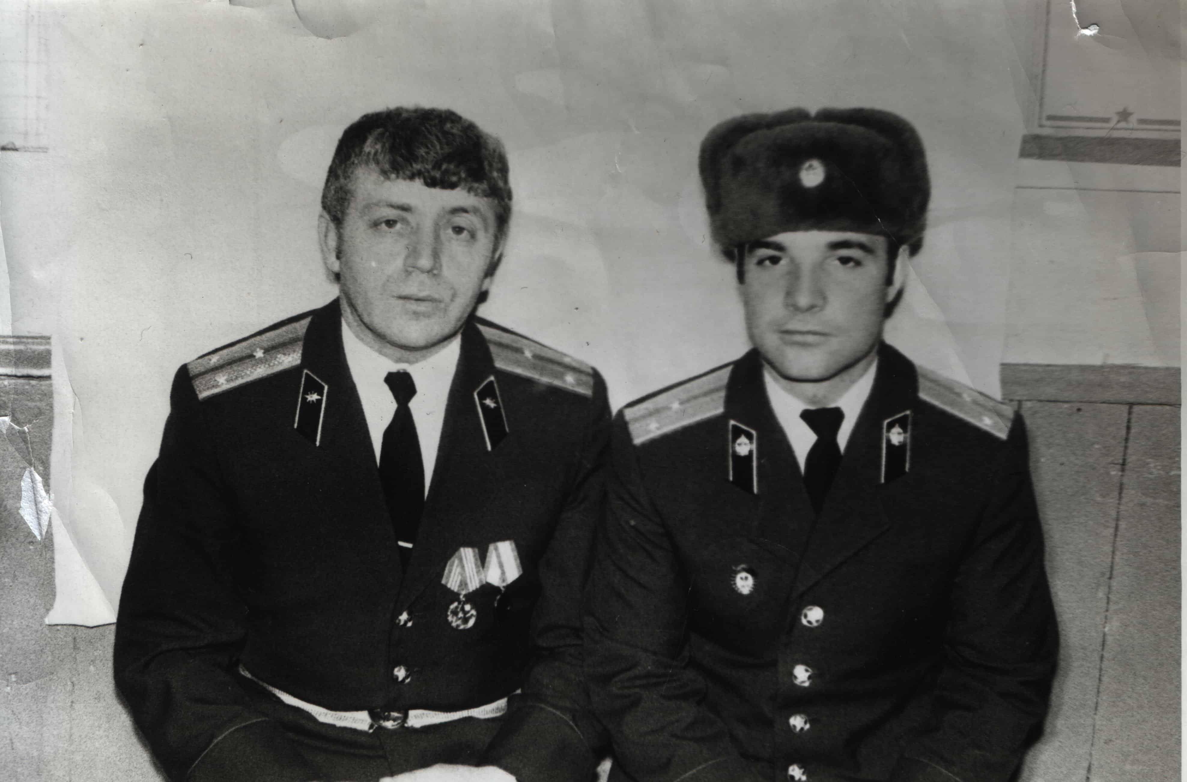 Старшие лейтенанты Лейдерман и Копейкин, 1983 год