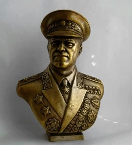 bust_of_georgy_zhukov